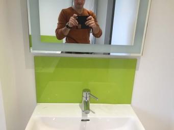 фартук из стекла для ванны иркутск (3)