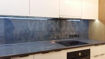 Прозрачный фартук из закаленного стекла 6 мм + декоративные обои Vitrum Studio Прозрачные скинали в Иркутске ул. Депутатская
