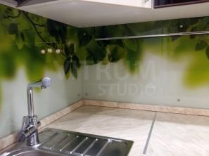 стеклянный кухонный фартук из закаленного стекла кухни Иркутск V-Studio с UV УФ фотопечатью virtumstudio.ru скинали 00050